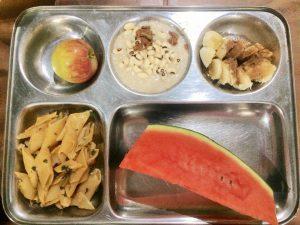 アシュラムの朝食