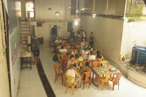 アシュラムの食堂