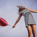 ヨガで幸せになれる?幸せ物質セロトニンとヨガの関係・効果的なポーズ